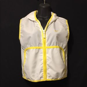 NIKE Hooded Vest size small (4-6)